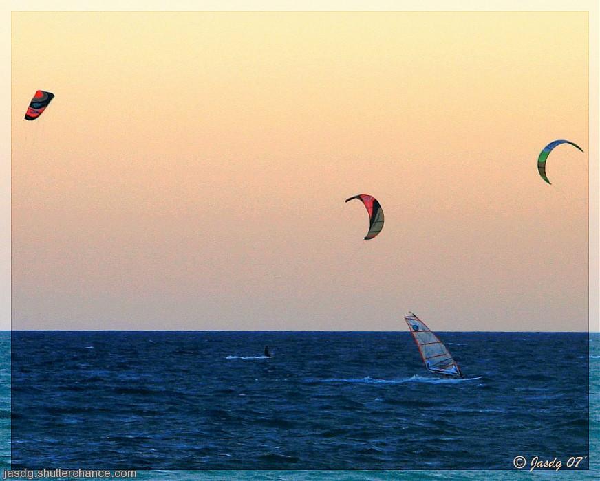 photoblog image Velas volando
